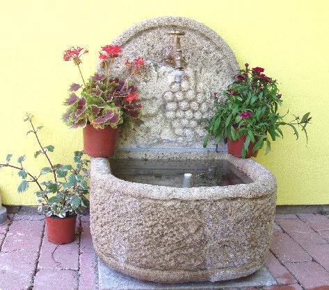 Saisons au gite en alsace - Fontaine pour terrasse ...