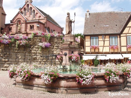 Eguisheim - la place St Léon - Photo G.GUYOT