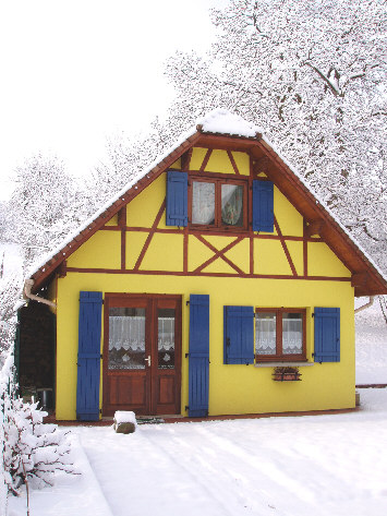 Attention, neige fraiche  au Gite en Alsace - le 5 mars 06
