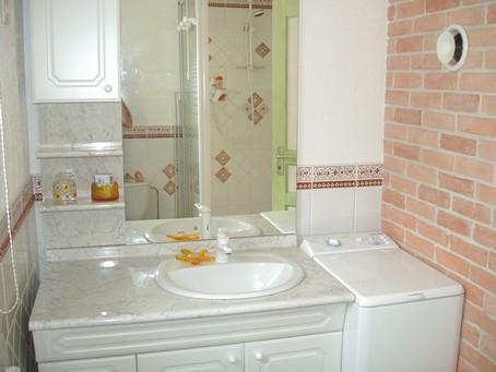 Salle de bain du gite en alsace - Meuble salle de bain lave linge integre ...